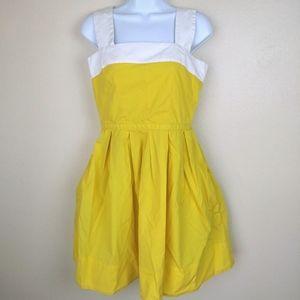 GAP Yellow and White Pin Up Style Dress Size 2